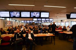 volle-zaal-2